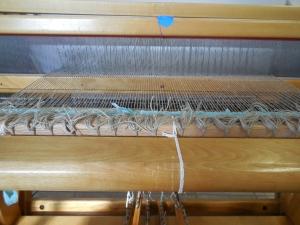 Linen Warp SETT:  Five warps per inch.
